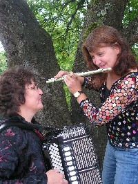 Elisabeth Busse und Stephanie Lang.jpg