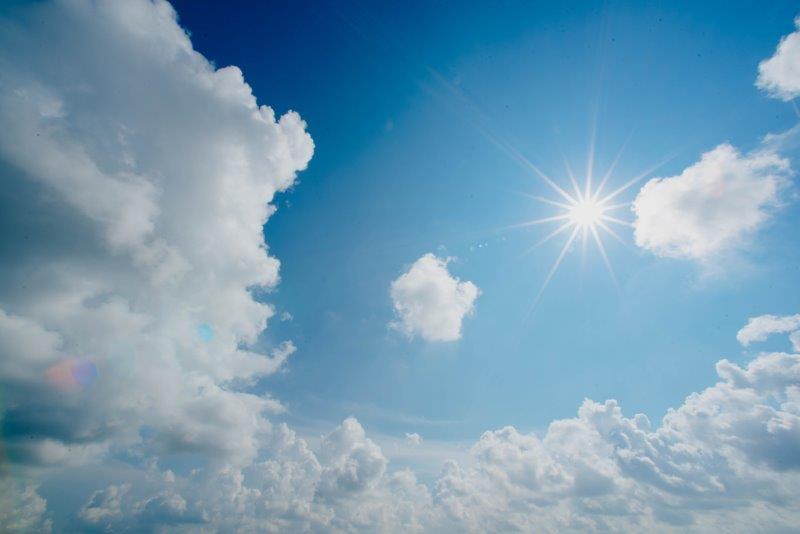 Sonne chuttersnap-TSgwbumanuE-unsplash (2) verkleinert.jpg