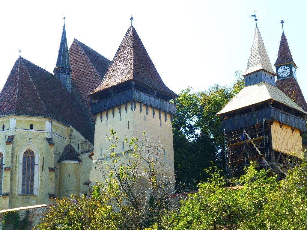 Kirchenburg Trappold.jpg