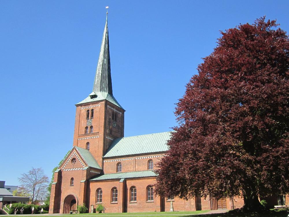 180507 Marienkirche Bad Segeberg Tritt ein.jpg