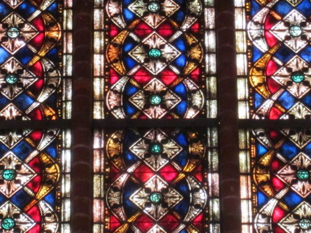 Altarraumfenster 3 Muster nah.JPG
