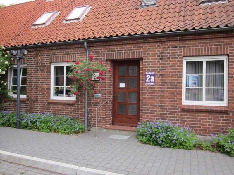 IMG_0308 Kirchenbüro  verkleinert.jpg
