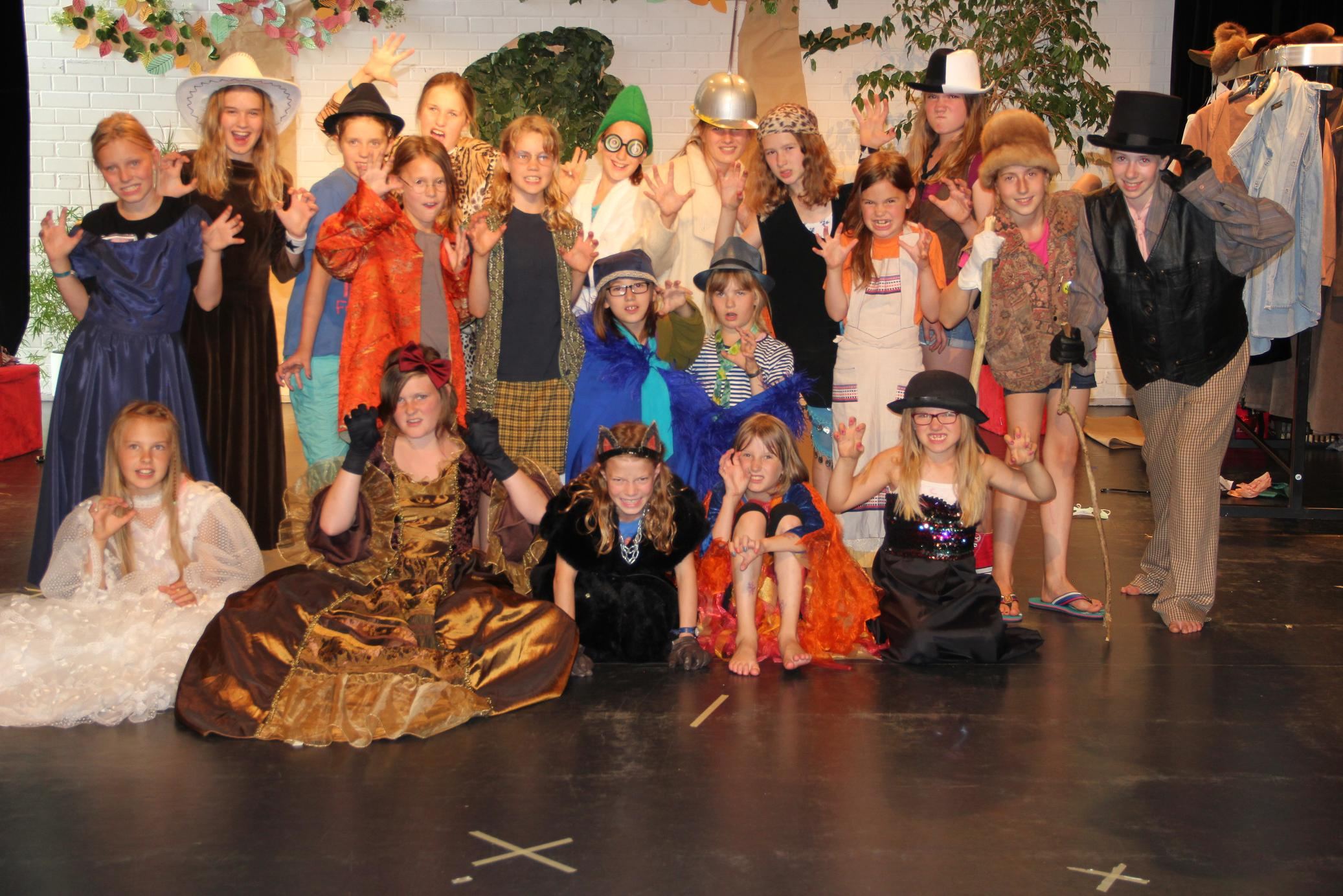 Vjka, Kindertheaterwoche 2014, klein.jpg
